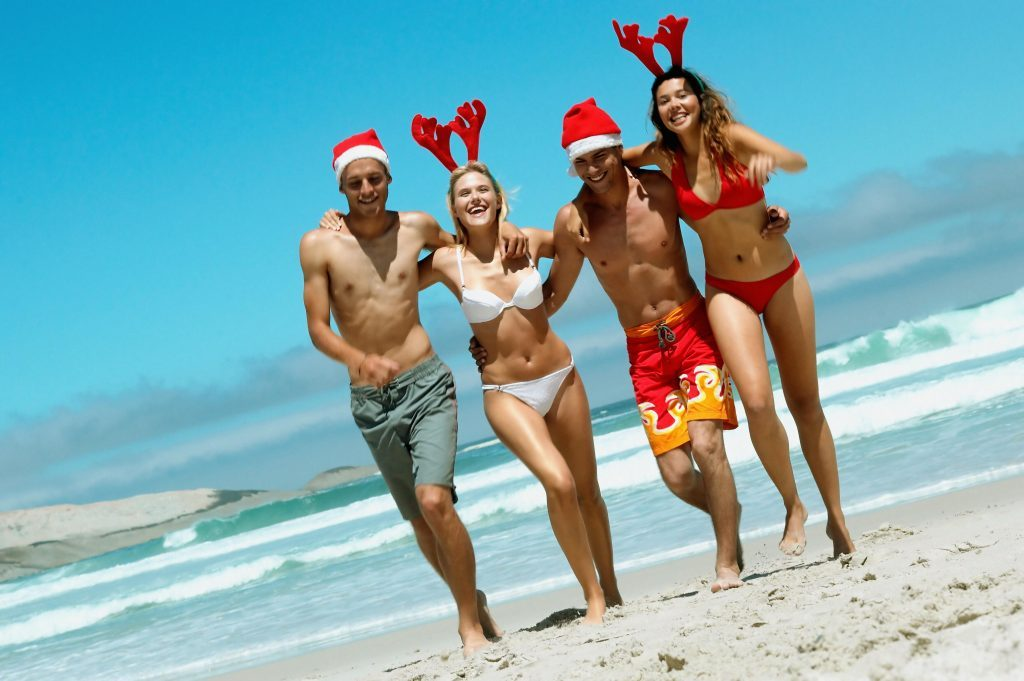kika4985273_Christmas-on-the-beach-1024x681
